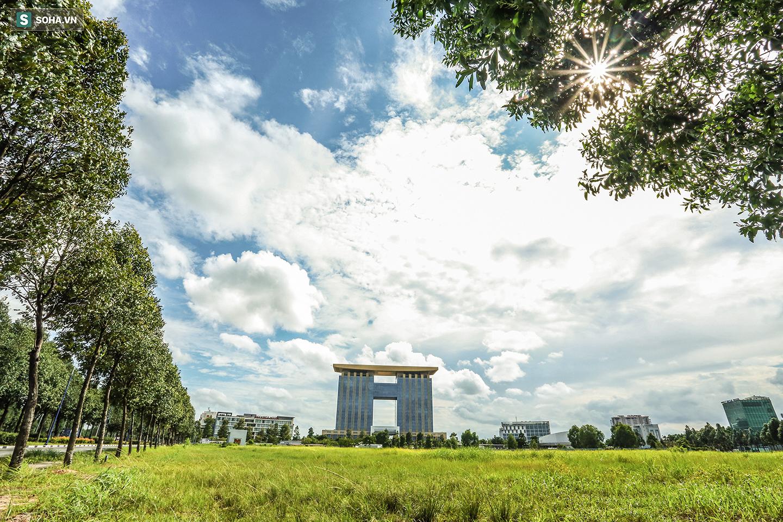 [ẢNH] Thành phố mới Bình Dương hiện đại, nhưng vắng vẻ lạ thường sau 10 năm xây dựng - Ảnh 3.