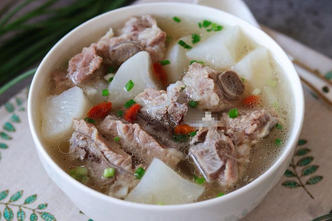 Sườn heo hầm củ cải: Món ăn nổi tiếng Đông y hóa ra có nhiều lợi ích sức khỏe bất ngờ - Ảnh 3.