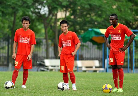 Quyết định lịch sử của bóng đá Việt Nam và màn biến mất gây tranh cãi suốt 11 năm - Ảnh 2.