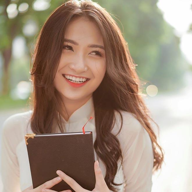 Nữ diễn viên phim Đại gia chân đất dự thi Hoa hậu Việt Nam 2020 xinh đẹp thế nào? - Ảnh 2.