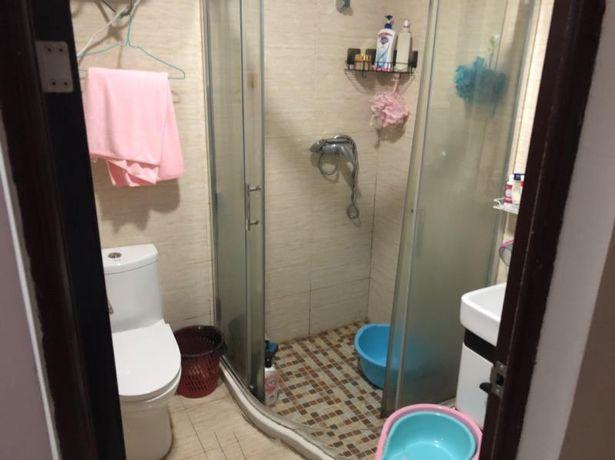 Cô gái phát hiện 1 thứ đáng sợ trong phòng tắm, hóa ra nó có liên quan đến chồng bạn thân - Ảnh 2.