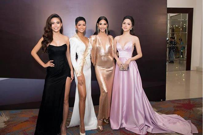 Từ khi trở thành hoa hậu nổi tiếng, Hương Giang đã có sở thích đặc biệt này - Ảnh 12.