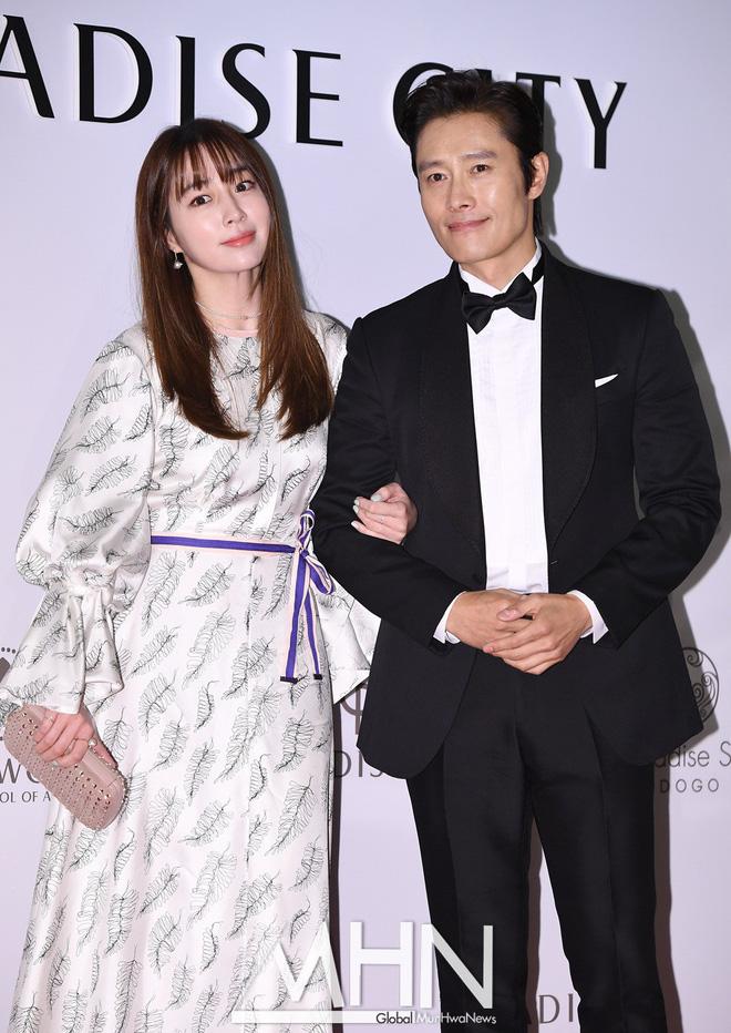Vụ ngoại tình 97 tỷ chấn động xứ Hàn: Mỹ nhân Vườn Sao Băng bị chồng cắm sừng khi mang bầu, 2 sao nữ tống tiền và cái kết - Ảnh 7.