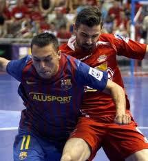 [Hồi ức] Chơi lớn chiêu mộ tuyển thủ Tây Ban Nha, đội bóng Việt vùi dập đối thủ Trung Quốc - Ảnh 1.