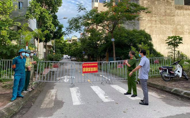 Một trong 4 ca mắc mới ở Quảng Nam là giáo viên Trường cao đẳng Điện lực Miền Trung - Ảnh 1.