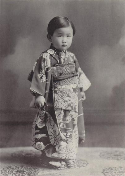 Điều ít biết về nàng dâu sắc nước hương trời của hoàng gia Nhật Bản, khí chất khó ai bì kịp, không sinh con vẫn được gia đình chồng nể trọng - Ảnh 1.