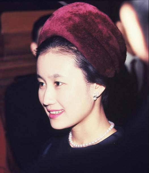 Điều ít biết về nàng dâu sắc nước hương trời của hoàng gia Nhật Bản, khí chất khó ai bì kịp, không sinh con vẫn được gia đình chồng nể trọng - Ảnh 4.