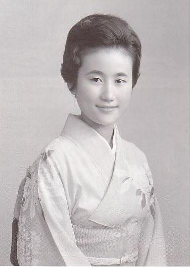 Điều ít biết về nàng dâu sắc nước hương trời của hoàng gia Nhật Bản, khí chất khó ai bì kịp, không sinh con vẫn được gia đình chồng nể trọng - Ảnh 6.