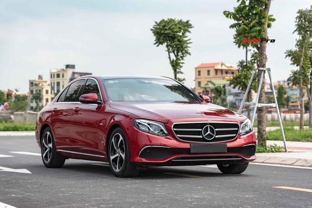 Chưa kịp thay dầu lần đầu, Mercedes-Benz E 200 Sport 2020 bán lại rẻ hơn mua mới tới cả trăm triệu đồng - Ảnh 6.