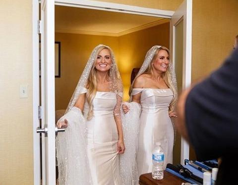 2 chị em song sinh cùng lúc cưới 2 anh em song sinh nhưng sự trùng hợp kỳ lạ vẫn chưa dừng lại, khiến hàng ngàn người phải trầm trồ - Ảnh 5.
