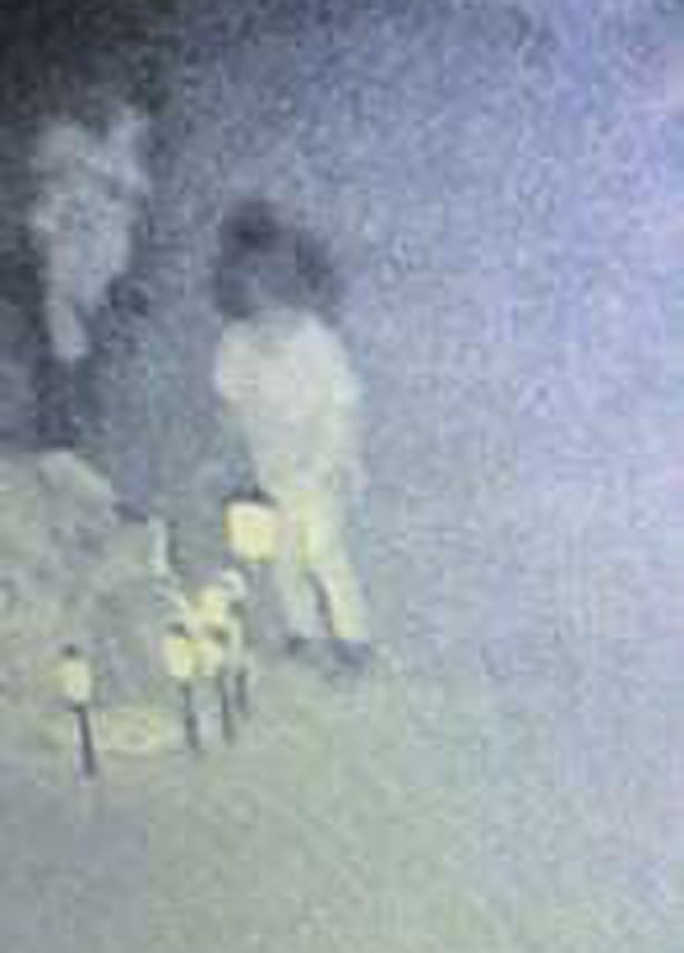 Xem video do camera ghi lại, bà mẹ khóc nức nở vì thấy linh hồn con gái đã khuất ghé thăm - Ảnh 2.