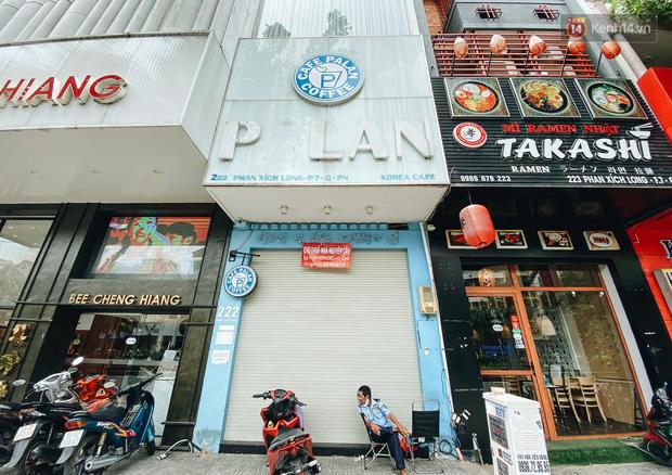 Hơn nửa năm đóng cửa vì dịch Covid-19, giá thuê mặt bằng trên đường Phan Xích Long vẫn chưa hạ nhiệt - Ảnh 3.