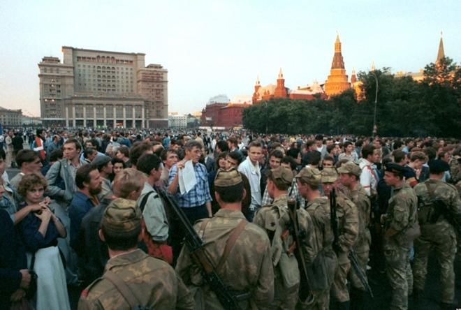 Nhìn lại cuộc chính biến góp phần đẩy nhanh sự sụp đổ của Liên Xô - Ảnh 7.