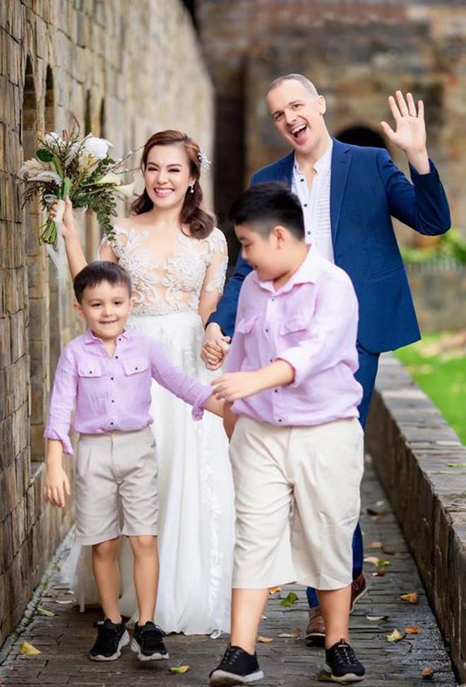 Chân dung chồng Tây đại gia, lớn hơn 4 tuổi của Lý Thanh Thảo - Ảnh 7.