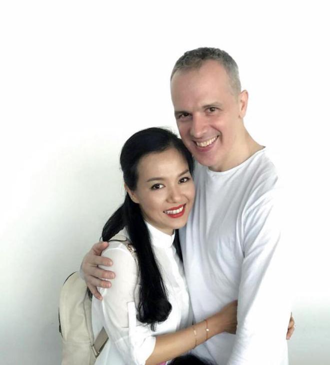 Chân dung chồng Tây đại gia, lớn hơn 4 tuổi của Lý Thanh Thảo - Ảnh 4.