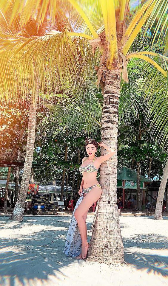 Hoa hậu Diễm Hương tung loạt ảnh bikini nóng bỏng - Ảnh 3.
