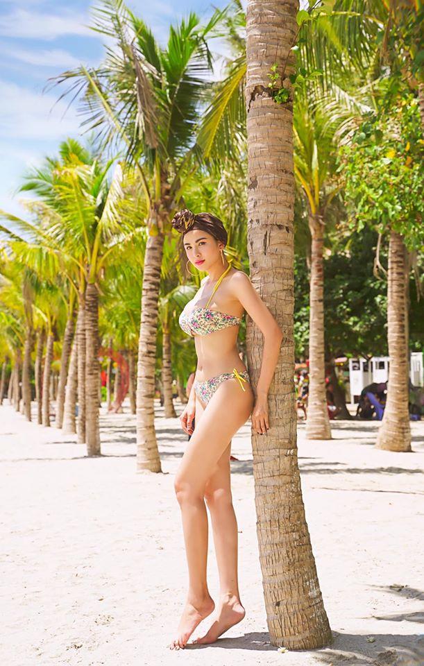 Hoa hậu Diễm Hương tung loạt ảnh bikini nóng bỏng - Ảnh 2.