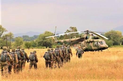 Nga kiểm tra khả năng sẵn sàng chiến đấu của quân đội, nhiều bên bất an - Ảnh 1.