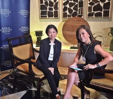 Nữ tỷ phú giàu nhất Philippines: 8 tuổi bán giày bị cười nhạo, 69 tuổi vẫn muốn học tiếp - Ảnh 2.