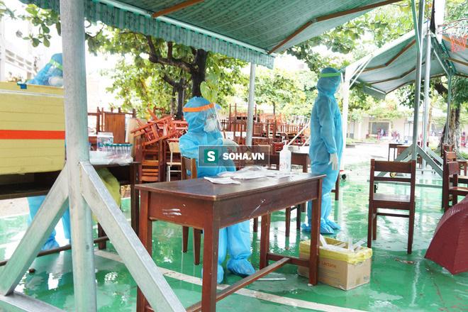 Ca tử vong thứ 6 liên quan COVID-19 tại Việt Nam; Thêm 30 người ở 6 tỉnh thành mắc COVID-19 - Ảnh 1.