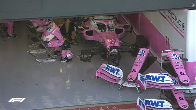 Đua xe F1: Nổ lốp ở vòng đua cuối, Lewis Hamilton vẫn về nhất tại Silverstone - Ảnh 1.