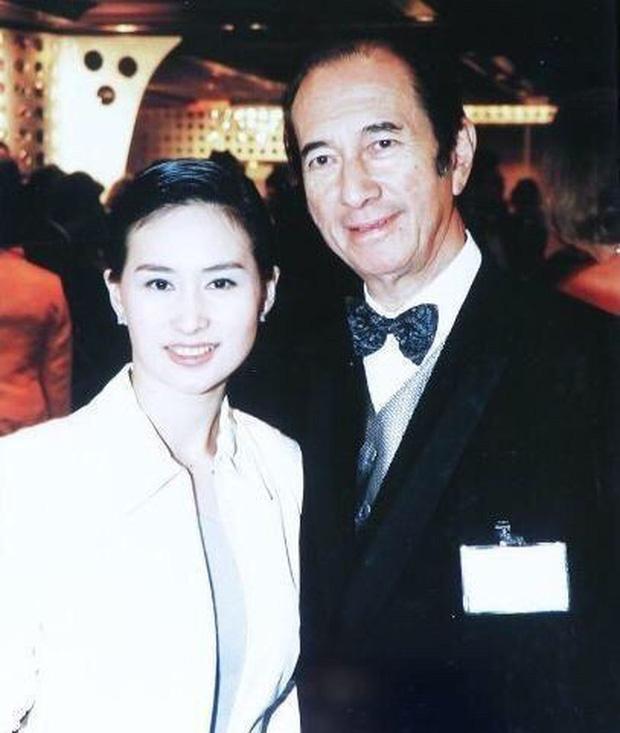 Chiêm ngưỡng loạt ảnh kiều diễm từ bé đến lớn của ái nữ mệnh phú quý Vua sòng bài Macau: Thuở thiếu nữ đẹp không khác mỹ nhân TVB - Ảnh 2.
