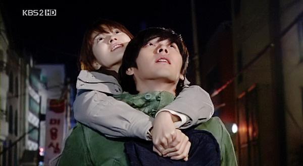 Loạt khoảnh khắc ngọt ngào giữa Song Hye Kyo - Hyun Bin sau 10 năm xem lại vẫn mê mẩn - Ảnh 11.