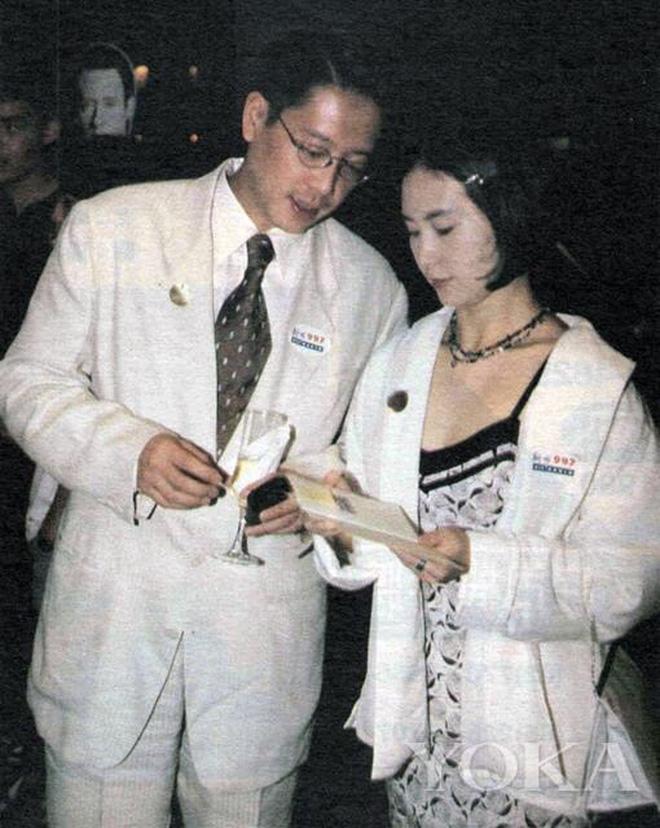 Chiêm ngưỡng loạt ảnh kiều diễm từ bé đến lớn của ái nữ mệnh phú quý Vua sòng bài Macau: Thuở thiếu nữ đẹp không khác mỹ nhân TVB - Ảnh 12.