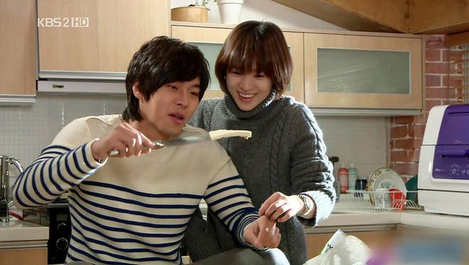 Loạt khoảnh khắc ngọt ngào giữa Song Hye Kyo - Hyun Bin sau 10 năm xem lại vẫn mê mẩn - Ảnh 17.
