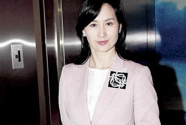 Chiêm ngưỡng loạt ảnh kiều diễm từ bé đến lớn của ái nữ mệnh phú quý Vua sòng bài Macau: Thuở thiếu nữ đẹp không khác mỹ nhân TVB - Ảnh 17.