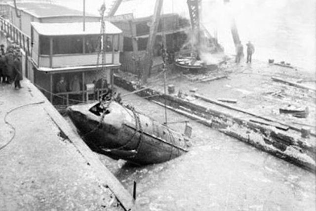 Top 10 tàu ngầm thất bại thảm hại nhất lịch sử - ảnh 3