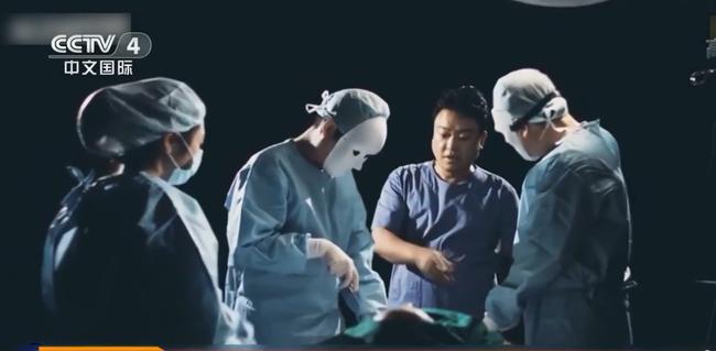 Có 200.000 gương mặt Trung Quốc bị hủy hoại trong 10 năm: Khi ranh giới sắc đẹp - tử vong vô cùng mỏng manh và sự hỗn loạn của phẫu thuật linh hồn - Ảnh 5.