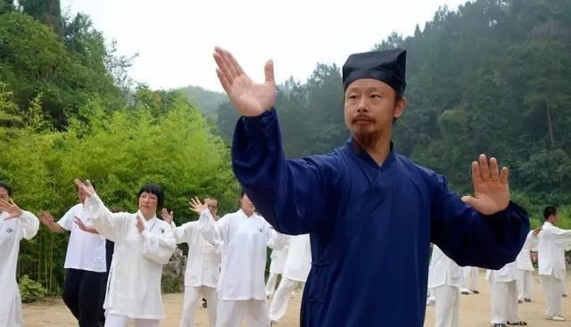 Võ lâm Trung Quốc ngỡ ngàng khi chưởng môn Võ Đang bị phanh phui vụ gian lận - Ảnh 2.