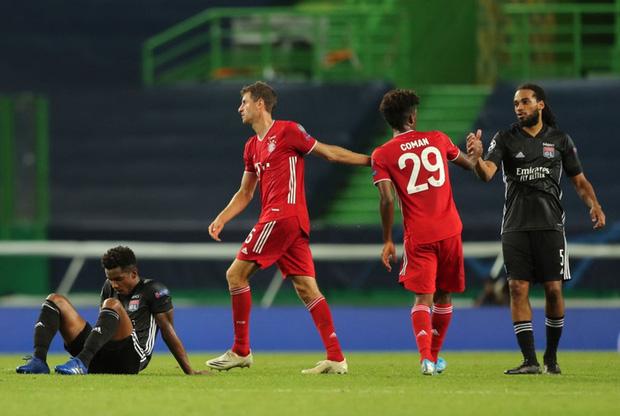 Bán kết Champions League: Cầu thủ Lyon buồn bã, tiếc nuối sau khi gục ngã trước ngưỡng cửa thiên đường - Ảnh 4.