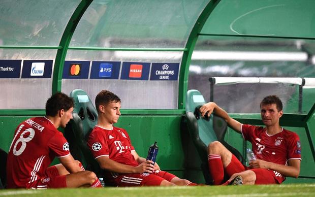 Bán kết Champions League: Cầu thủ Lyon buồn bã, tiếc nuối sau khi gục ngã trước ngưỡng cửa thiên đường - Ảnh 7.