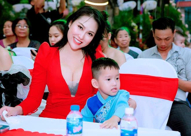 Phi Thanh Vân: Đúng là lúc đó tôi tự mãn mình nổi tiếng nhất nhì Việt Nam - Ảnh 8.