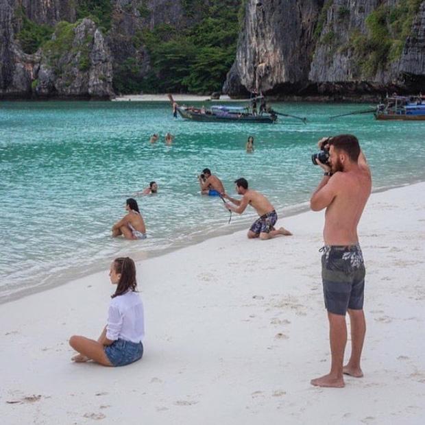 Khi các chàng trai bất chấp mọi hoàn cảnh để chụp những shot hình nghìn like cho người yêu - Ảnh 13.