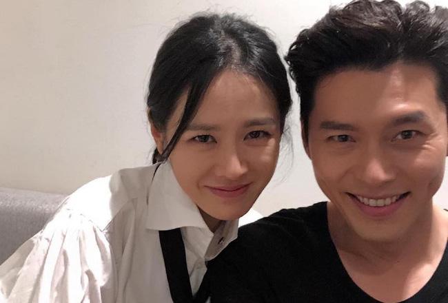 Bốn nữ thần trong series phim 4 mùa đình đám Hàn Quốc: Son Ye Jin - Song Hye Kyo vướng tin đồn tình ái với cùng một người, Choi Ji Woo viên mãn bên chồng con, còn người cuối cùng vẫn im hơi lặng tiếng - Ảnh 23.