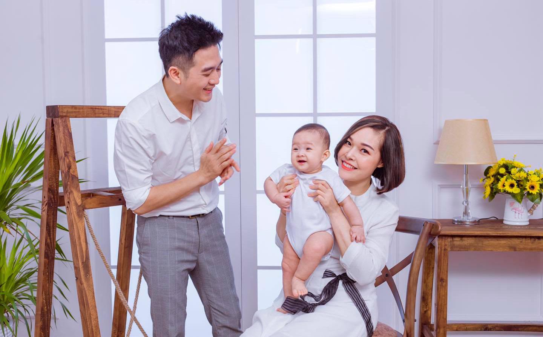 Nhiều biến cố, thử thách khủng khiếp nhưng 2 cặp đôi này có tình yêu đẹp nhất showbiz Việt
