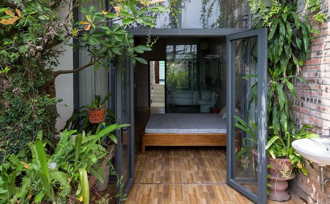 Ngôi nhà nhỏ, hẹp, nằm ở khu dân cư đông đúc, chật chội và ồn ào tại Bắc Ninh lên báo Mỹ