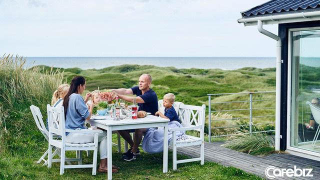 Bí quyết sống hạnh phúc của người Bắc Âu: Coi trọng PHẨM CHẤT chứ không phải VẬT CHẤT, tiết kiệm, sống đơn giản, yêu gia đình - Ảnh 2.