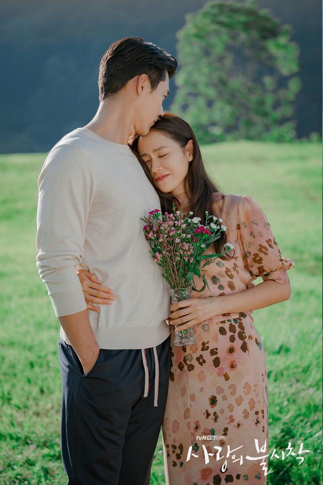Xôn xao thông tin Hyun Bin - Son Ye Jin sắp thông báo đám cưới, tiết lộ luôn địa điểm tổ chức hôn lễ? - Ảnh 2.