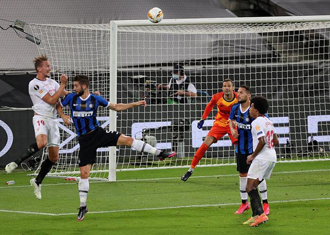Sevilla ngược dòng thành công, HLV Lopetegui nhắc đi, nhắc lại 1 điều - Ảnh 1.