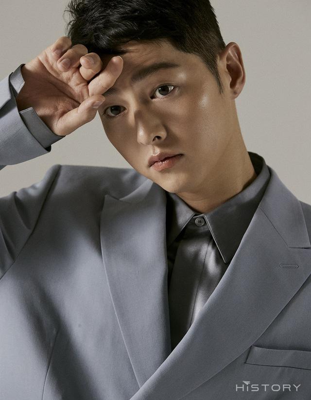 Song Joong Ki lại thua đau trước Song Hye Kyo: Nhà trai sự nghiệp chông chênh, ngoại hình xuống dốc còn mỹ nữ mang danh bị chồng bỏ thì thăng hạng từ nhan sắc tới danh tiếng - Ảnh 9.