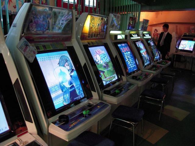 Quá đam mê, người đàn ông Nhật Bản biến nhà mình thành cung điện game, tiền ship máy thôi cũng đã gần... 400 triệu 1 lần - Ảnh 3.