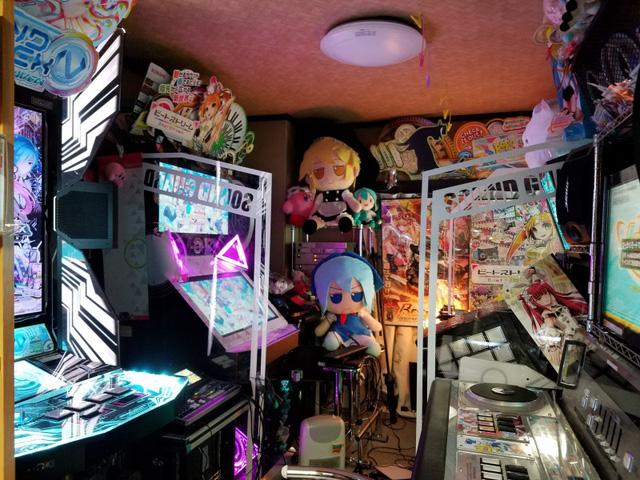 Quá đam mê, người đàn ông Nhật Bản biến nhà mình thành cung điện game, tiền ship máy thôi cũng đã gần... 400 triệu 1 lần - Ảnh 6.