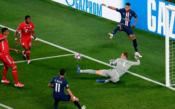Hủy diệt mọi tia hi vọng, Neuer đã khiến Neymar và Mbappe trải qua đêm kinh hoàng thế nào? - Ảnh 2.
