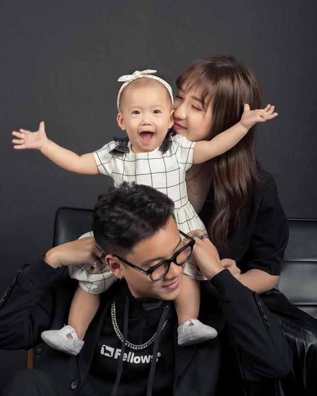 Cuộc sống hôn nhân hội rapper hot nhất Vbiz: Tiến Đạt yên bề ở cơ ngơi hoành tráng, Suboi - Rhymastic khác 180 độ so với Rap Việt - Ảnh 16.