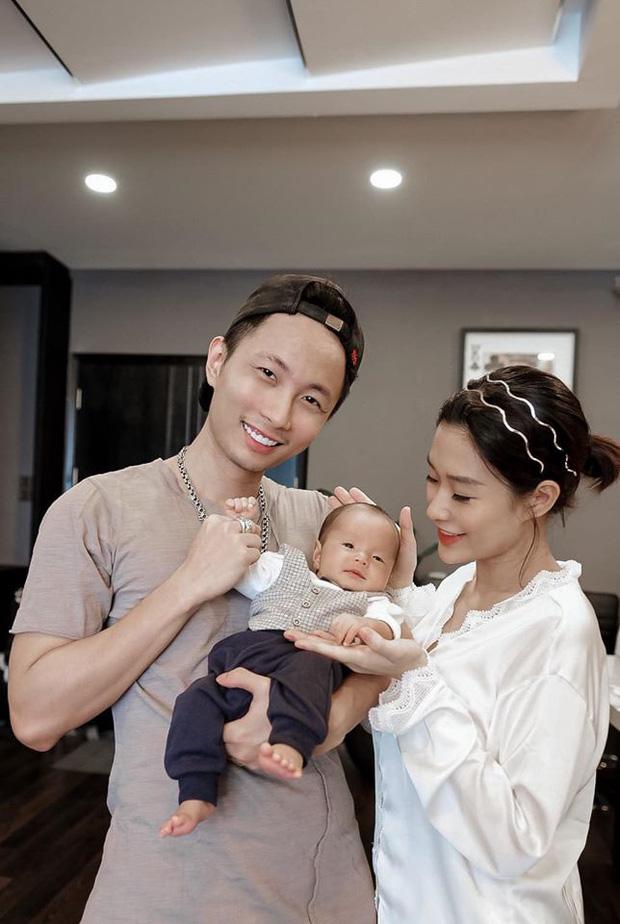 Cuộc sống hôn nhân hội rapper hot nhất Vbiz: Tiến Đạt yên bề ở cơ ngơi hoành tráng, Suboi - Rhymastic khác 180 độ so với Rap Việt - Ảnh 19.