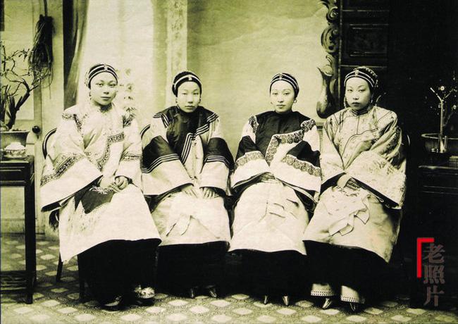 Loạt ảnh cũ quý hiếm phản ánh chân thực dung nhan của những phụ nữ vào cuối thời nhà Thanh - Ảnh 4.